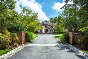 Impressive, Beautifully Constructed 5 Bedroom & 6 Bath Estate In Muttontown